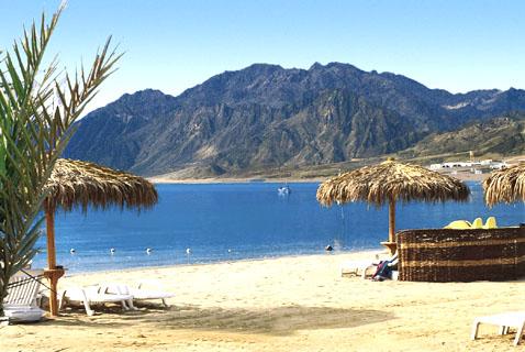 Holiday-In-Sharm-El-Sheikh-beach-sharm-el-sheikh